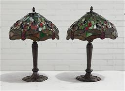 Sale 9129 - Lot 1004 - Pair of tiffany style table lamps with leadlight shades depicting dragonflies - some damage to 1 shade (h:50cm)