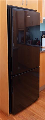 Sale 8891H - Lot 56 - A black Samsung fridge/freezer. Model number 458L Bottom Mount Refrigerator - SRL451BLS RL4014SBABS/SA Height 170cm, Width 70cm, Dep...