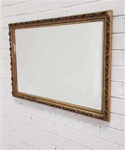 Sale 9121 - Lot 1097 - Gilt framed mirror (h:84 x w:59cm)