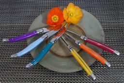 Sale 9211L - Lot 86 - Laguiole by Louis Thiers 6-piece steak knife set in timber block - Multicolour