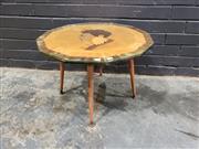 Sale 9022 - Lot 1028 - New Zealand Specimen Table (h:42 x d:60cm)