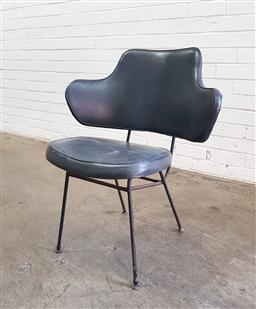 Sale 9134 - Lot 1080 - Vintage metal framed lounge chair (h:78 x w:65 x d:42cm)