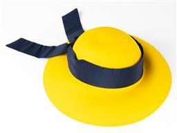 Sale 9250F - Lot 30 - A Pierre Cardin 100% pure wool felt hat.