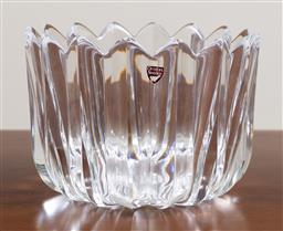 Sale 9140H - Lot 3 - An Orrefors signed Skal bowl by Jan Johansson, Diameter 18.5cm