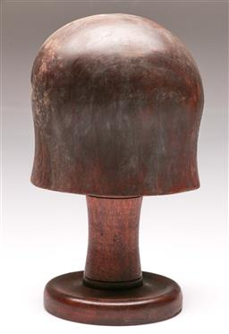 Sale 9144 - Lot 34 - Timber hat block (29cm)