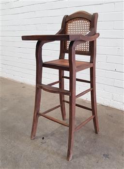 Sale 9108 - Lot 1052 - Vintage timber high chair (h:100 x w:378 x d:48cm)