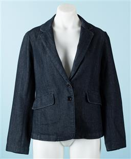 Sale 9092F - Lot 33 - A JIGSAW DENIM BLAZER in dark Blue, Size EUR 12