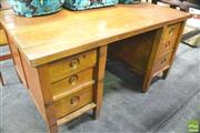 Sale 8390 - Lot 1146 - Large Kneehole Desk
