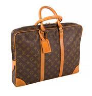 Sale 8522A - Lot 39 - A vintage French Louis Vuitton documents/ business bag, 30 x 40 cm, minor wear.