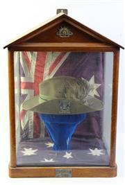 Sale 8994W - Lot 601 - A 1st/21st Lighthorse Regiment Military Hat In Display Case In Loving Memory Of Sid Malloy H: 63cm