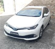 Sale 8971V - Lot 1 - 2017 Toyota Corolla Hybrid