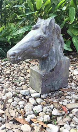 Sale 9175G - Lot 57 - Large Carved Genuine Stone Horse Head Sculpture .General wear, slight Chipping .Size: 50cm H x 45cm Front to Back