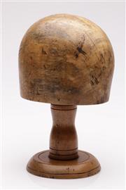 Sale 9052 - Lot 44 - Vintage Timber Hat Block (h:27 x w:13 x d:14cm)