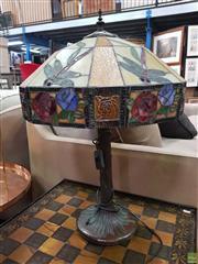 Sale 8637 - Lot 1048 - Tiffany Style Leadlight Shade Table Lamp
