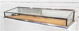 Sale 9137 - Lot 1004 - Metal bound counter top display case (h:24 x w:150 x d:50cm)