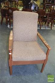 Sale 8390 - Lot 1326 - Retro Armchair