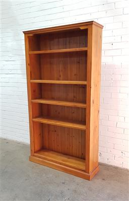 Sale 9108 - Lot 1011 - Timber bookcase (h200 x 110 x 33cm)