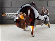 Sale 9002 - Lot 1040 - Large Amber Art Glass Bull (h:22 x l:44cm)