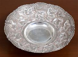 Sale 9140H - Lot 6 - A 925 silver raised bowl with grapevine border decoration, Diameter 23.5cm, Weight 272g