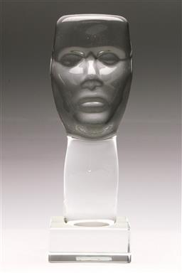 Sale 9131 - Lot 33 - Figural glass Polish head on Perspex base (H:35cm)