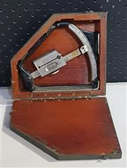 Sale 8976N - Lot 302 - Early Range Finder in Fitted Military Case (Case - h:57 x w:63 x 92mm)