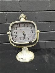 Sale 9051 - Lot 1019 - French Style Clock (H: 30cm)