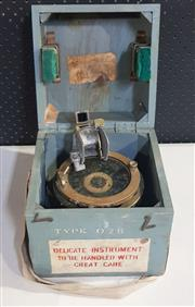 Sale 8976N - Lot 324 - Azimuth Circle No.4 Aircraft Compass in Timber Carry Case. REF No. 6A/890 (Case - h:267 x w:230 x d:230mm)