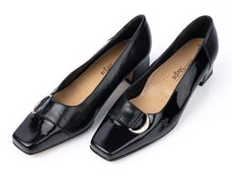 Sale 9092F - Lot 46 - A PAIR OF SANDRA EASY STEPS PATENT LEATHER LOW HEALS. Size 8c