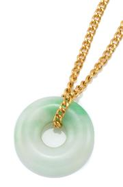 Sale 9054 - Lot 306 - A 23CT GOLD JADE PENDANT NECKLACE; 49cm curb chain with scroll clasp, wt. 7.49g, attached with a 15.3mm jade bi disc.