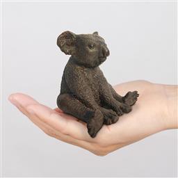 Sale 9174JM - Lot 5067 - GILLIE AND MARC Suzie the Koala is happy bronze sculpture ed. 13/100 10.5 x 10.8 x 18 cm inscribed