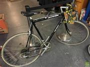Sale 8622 - Lot 2193 - Cannondale Road Bike (no pedals)