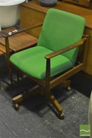 Sale 8287 - Lot 1026 - Vintage Parker Desk Chair