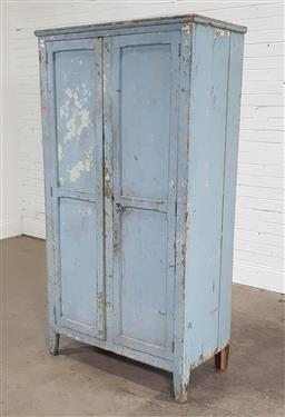 Sale 9191 - Lot 1041 - Vintage two door wardrobe (h180 x w93 x d50cm)