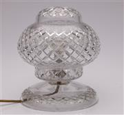Sale 9052 - Lot 371 - Cut crystal lamp (H25cm, UNTESTED)