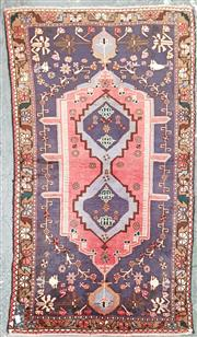 Sale 8876 - Lot 1086 - Persian Shiraz (165 x 105cm)