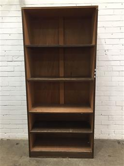 Sale 9121 - Lot 1039 - Timber open bookcase (h:208 w:95 d:45cm)
