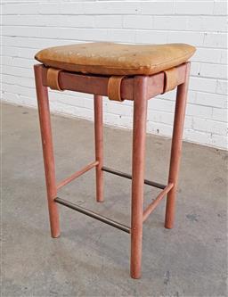Sale 9117 - Lot 1022 - Parker Teak Bar Stool with vinyl mustard buttoned cushion seat (h72cm)