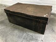 Sale 9059 - Lot 1052 - Large Metal Lift Top Trunk (H:38 W:90 D:50cm)