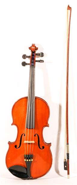Sale 9136 - Lot 17 - A violin in case with bow