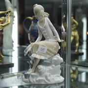 Sale 8379 - Lot 68 - Lladro Lady Figure