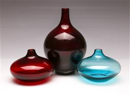 Sale 9107 - Lot 95 - A Group of 3 Scandinavian Style Glass Vases (tallest - h:20cm)