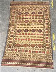 Sale 9080 - Lot 1025 - Hand knotted pure wool Persian Sumak in brown and cream (173 x 102cm)