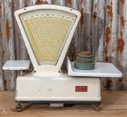 """Sale 9060H - Lot 7 - A set of French commercial food scales bt Precision Commerciale """"balance type 41"""" width 58cm together with weights."""
