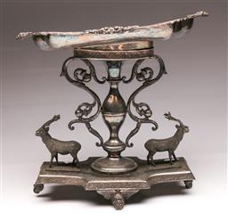 Sale 9104 - Lot 18 - A Silver Plated Decorative Elk Themed Centrepiece H: 28cm