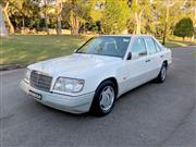 Sale 8576V - Lot 7 - 1994 Mercedes-Benz E220 Sedan                                                                                            Reg: DKX 84...