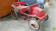 Sale 8409 - Lot 1039 - Vintage Pedal Car
