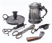 Sale 9080W - Lot 82 - A quantity of pewter wares comprising a lidded tankard, marked for London and WR, wick snippers, retractable blade and candelstand.