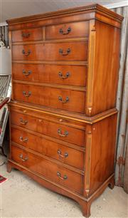 Sale 9060H - Lot 25 - A Georgian style chest on chest of two parts, two shorts over three long drawers to bracket feet. Height 181 x 112 x 58cm