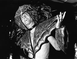Sale 8912A - Lot 5052 - Sydney Gay and Lesbian Mardi Gras Parade (1990), 25 x 20 cm, silver gelatin, Photographer: Andrew Taylor