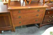Sale 8515 - Lot 1038 - Oak 3 Drawer Chest